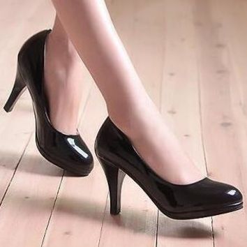 Hot Sale Women Comfortable Stiletto Round-Toed Professional High Heels Black