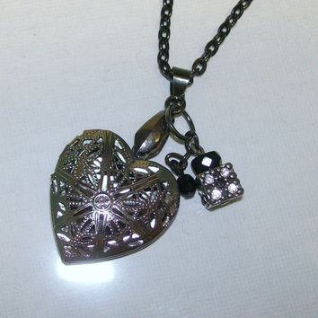 Filigree Heart Locket Aromatherapy Personal Essential Oil Diffuser Necklace Gunmetal Locket with Charms, Perfume Diffuser, Photo Locket,