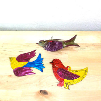Vintage Bird Ornaments / Stamped Metal / Christmas Ornaments / Hand Painted / Xmas Decorations / Mexican Bird Decor