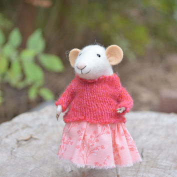 Little Sweety Mouse - Felting Dreams