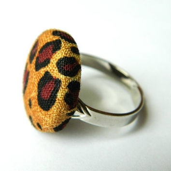 Fabric Button Ring Leopard Print Rockabilly by PushTheButtons