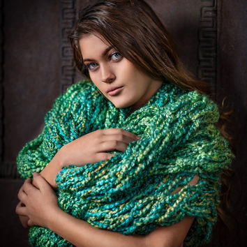 arm knitted infinity scarf extra long scarf, Green chunky scarf, loop scarf, warm arm knitted wrap, thick winter scarf