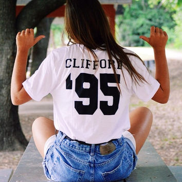 CLIFFORD '95 - T shirt Tee Tumblr blanc unisexe fashion women pink white tee shirt tumblr graphic size S M L - 5sos one direction