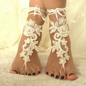 5 pairs bridesmaid gift,ivory lace wedding barefoot sandals french lace sandals, wedding anklet, Beach wedding barefoot sandals,