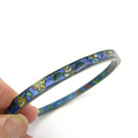Cloisonne Bangle Bracelet. Narrow Large Vintage Chinese Blue Enamel w/ Flowers. Cloisonne Interior. Stacking. Antique 1920s Asian Jewelry.
