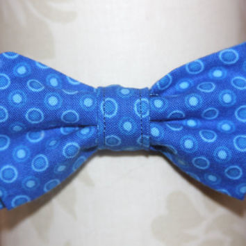 Bright Blue Circles and Dots Adjustable Bowtie (Baby / Infant / Toddler boy)
