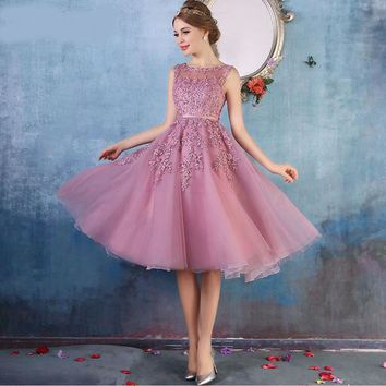 Prom dresses Sleeveless Short prom dress Lace Applique Beading Gown Party evening dress