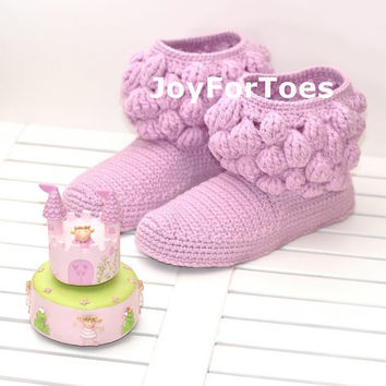 Crochet Women Boots Slippers Fairy One-colored Bubbles Violett Lilac Custom Made