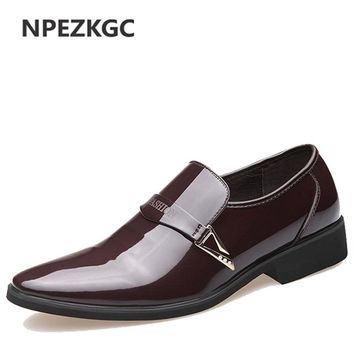 NPEZKGC Brand New Oxford Shoes For Men Fashion Men Leather Shoes Slip On Spring Autumn Men Casual Flat Patent Leather Men Shoes
