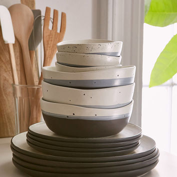 16-Piece Speckle Stoneware Dinnerware Set | Urban Outfitters