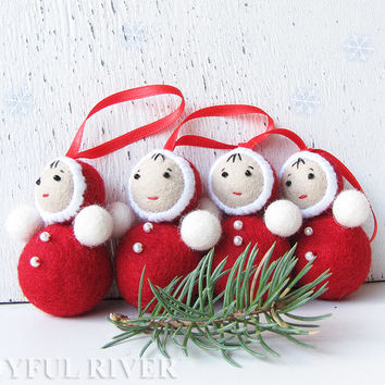 "Christmas tree ornament. A set of 4 red roly poly dolls - Red and white wool felted ""nevalyashka"" doll - Retro christmas decor"