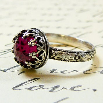 Beautiful Gothic Vintage Sterling Silver Floral Band Ring with Rose cut Ruby and Heart Bezel