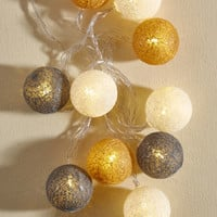 Full of the Joys of String Lights | Mod Retro Vintage Decor Accessories | ModCloth.com