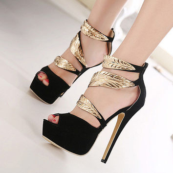 Exquisite Leaf Decorate Peep-Toe Chic Black Sandals