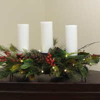 Christmas Centerpiece - Red Berries And Leaves