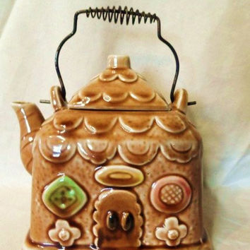 Gingerbread House Tea Pot- Teapot- Old Japanese Collectible- Wire Handle- Cookie Themed Tea Pot- Old Art Pottery -Vintage Collectible