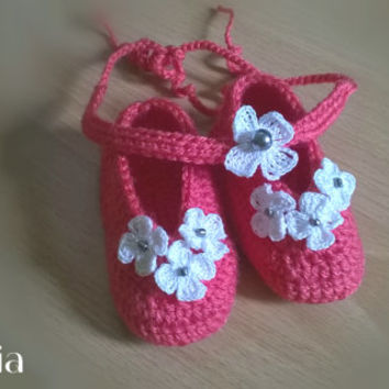 Crochet baby set, crochet booties and headband, crochet slippers, crochet baby shoes, baby shower gift, 3-6m Free shipping
