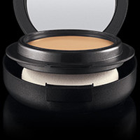 Pro Longwear SPF 20 Compact Foundation | M·A·C Cosmetics | Official Site