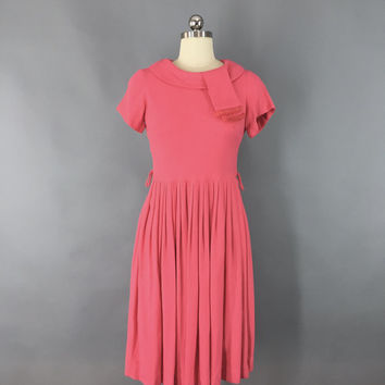 Vintage 1950s Dress / 50s Day Dress / 1950 Coral Pink Wool Knit / Pleated Dress / Size Small Medium 4 to 6