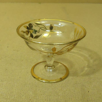 Designer Bowl with Gold Trim 5in Diameter x 3 3/4in H Clears/Golds Floral Glass -- Used