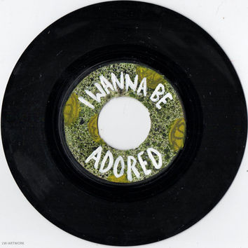 "The Stone Roses Lyrics -  'I Wanna Be Adored'  7"" Painted Vinyl"