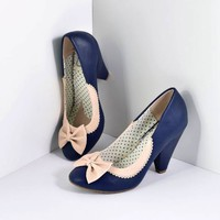 Bettie Page Navy & Ivory Leatherette Bailey Bow Pumps