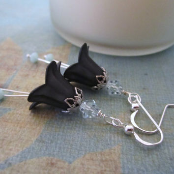 Flower (Lily) Bead Earrings - Black by 636designs
