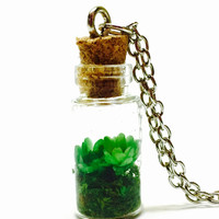 Dried Flower Necklace, Miniature Terrarium, Glass Bottle Pendant, Nature Inspired, Botanical Jewelry, Tiny Flowers, Woodland Jewelry