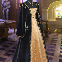 """Classical Medieval Tudor Gown """"Queen of Spain"""" No. 5 Dark Blue"""