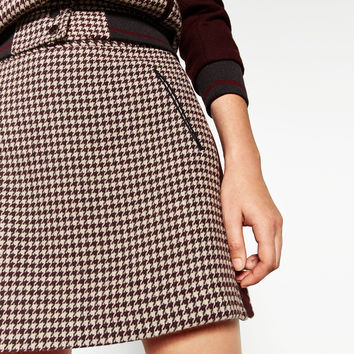 HOUNDSTOOTH CHECK SKIRT DETAILS