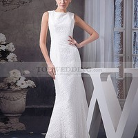 Sleeveless Lace Overlaid Mermaid Wedding Gown