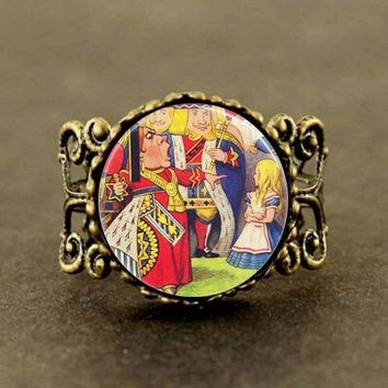 2017 New Queen Of Hearts Off With Her Head Alice In Wonderland Fairy Tale Jewelry Glass Dome Ring