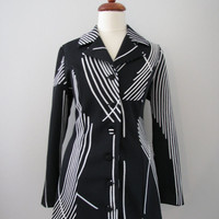70s Black & White Abstract Geometric Striped Fitted Jacket, M-L // Vintage Blazer