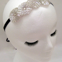 1920s style flapper headband art deco silver fascinator hair accessory Great Gatsby Downton Abbey Boardwalk Empire white beaded rhinestone