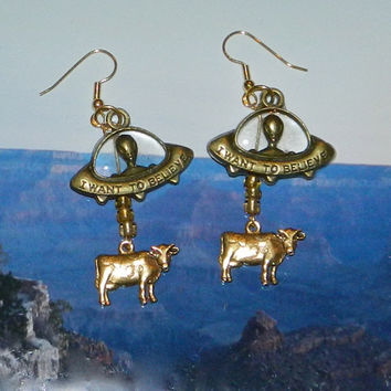 Alien Abduction of Cows Earrings, UFO Extraterrestrial Flying Saucer