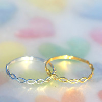 Thin and delicate twist ring/knuckle ring/layered ring/Simple line ring size 3
