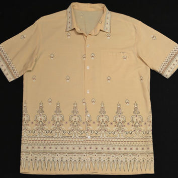 Vintage 60s Tan Border Print Short Sleeve Men's Resort Shirt - Size M