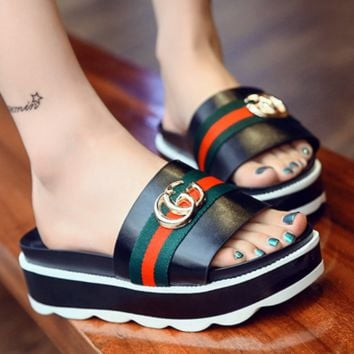 GUCCI New slippers female summer fight color fashion red and green stripe thick bottom slippers Black