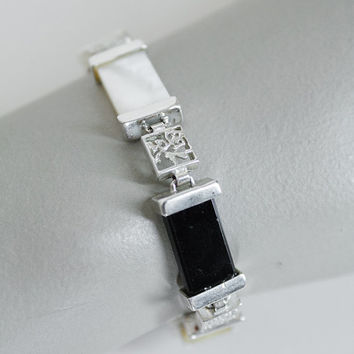 Vintage 60s Bracelet / 1960s Sterling Silver Chinese Bracelet with Mother of Pearl and Onyx Links