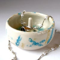 Small Ceramic Ring Holder, Painted White Porcelain Ringholder, Jewelry Bowl - Storage