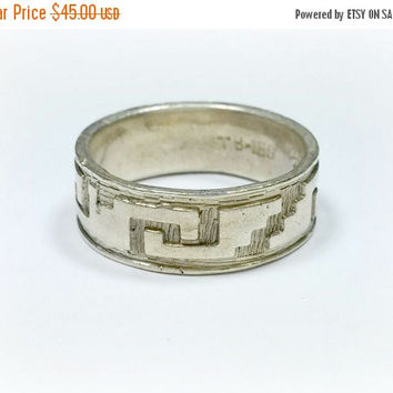 Vintage Taxco Mexico Silver Mens Ring Wide Band Ring Size 10 Classic Mexican Wedding Band Southwest Style Etchings Signed TB-169