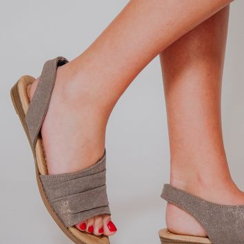 {Last Chance} Not Rated Shanti Sandals ~ Taupe