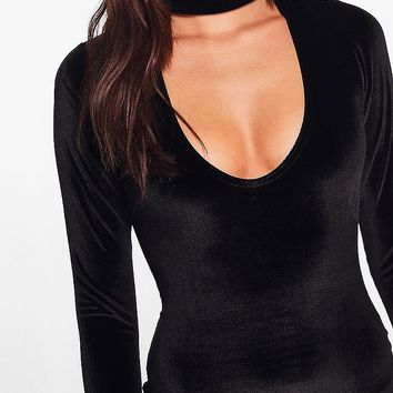 Leni Velvet Choker Plunge Bodycon Dress | Boohoo