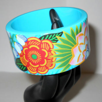Vintage Sky Blue Flower Bangle Bracelet - 1980s - 80s - Summer Beachware Accessory