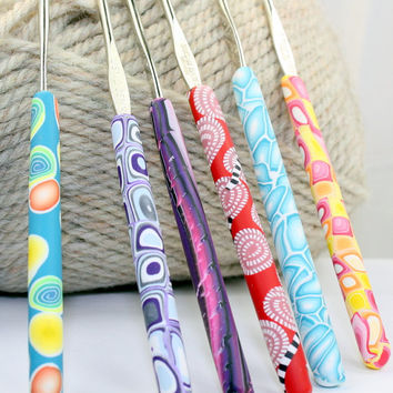 Polymer clay covered steel crochet hook set of 6, New Susan Bates 0,1,7,8,9,10