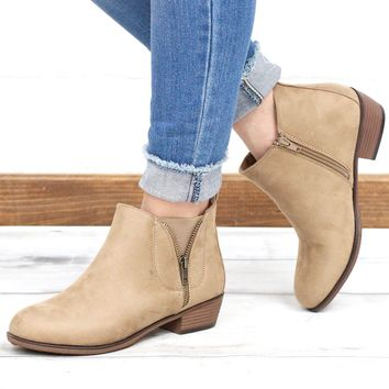 Zoey V-Zip Suede Bootie {Taupe}