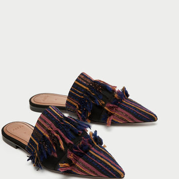 FLAT FRAYED FABRIC MULES DETAILS