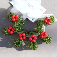Napkin Rings Christmas Dinner Table Celebrate Gift Green and Red Glass Holly Berries (set of 6)