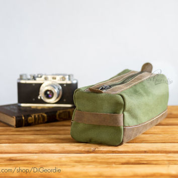 Dopp kit toiletry bag canvas dopp bag men's toiletry bag leather toiletry bag waxed canvas dopp cosmetic bag handmade dopp kit