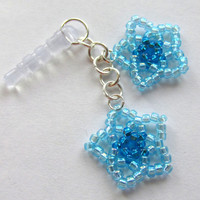 Beaded Dust Plug, Beaded Phone Charm, Pluggy, Headphone Cap, Earphone Plug, Blue Flowers, Iphone Accessory, Smartphone Plug, Phone Bling